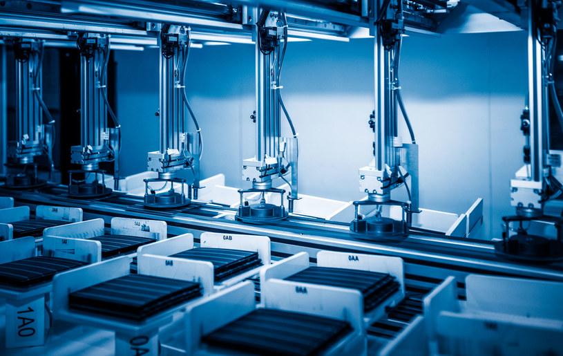 Rozwój technologii opartych o odnawialne źródła energii to szansa na nowe miejsca pracy /123RF/PICSEL