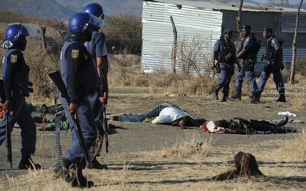 RPA upamiętniła 44 zabitych ofiary starć policji z górnikami /AFP