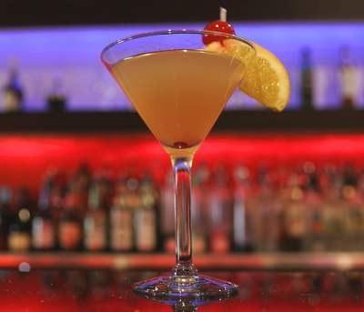 Ruby Red, drink warty blisko 1000 dolarów. Z rubinem na dnie kieliszka /AFP