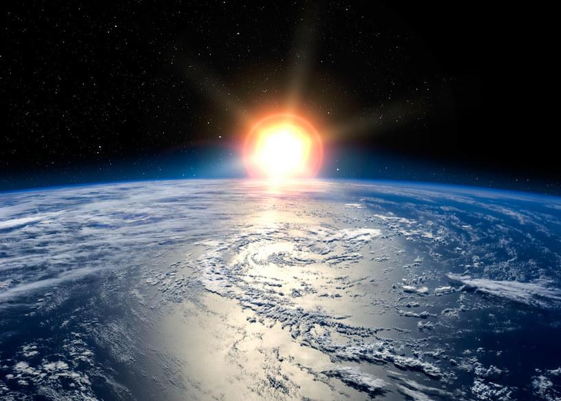 Ruch obrotowy Ziemi nieznacznie wzrósł /123RF/PICSEL
