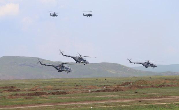 Ruchy rosyjskich wojsk: Moskwa wycofuje oddziały z Krymu