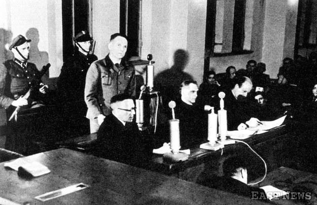 Rudolf Hoess zeznaje przed Najwyższym Trybunałem Narodowym /Laski Diffusion /East News