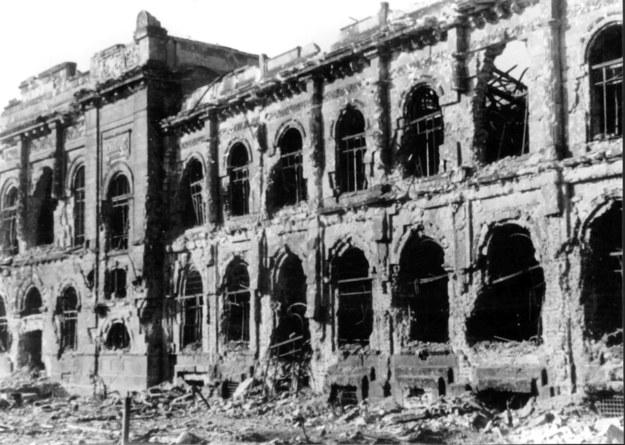 Ruiny budynku Banku Polskiego /domena publiczna