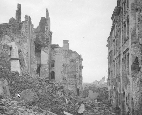 Ruiny stolicy Polski /Z archiwum Narodowego Archiwum Cyfrowego