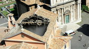 Runął dach kościoła w centrum Rzymu