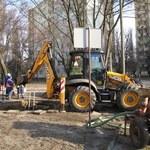 Rury nie wytrzymują mrozu - seria awarii w całej Polsce