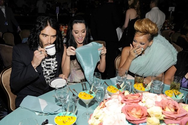 Russell Brand, Katy Perry i Rihanna - fot. Larry Busacca /Getty Images/Flash Press Media
