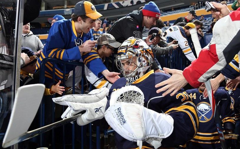 Ryan Miller, bramkarz Buffalo Sabres /AFP