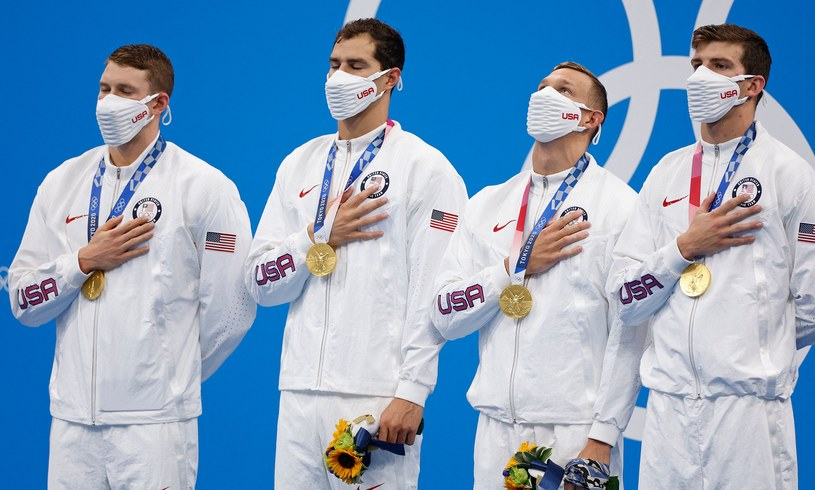 Ryan Murphy, Michael Andrew, Caeleb Dressel, Zach Apple ze złotymi medalami /AFP