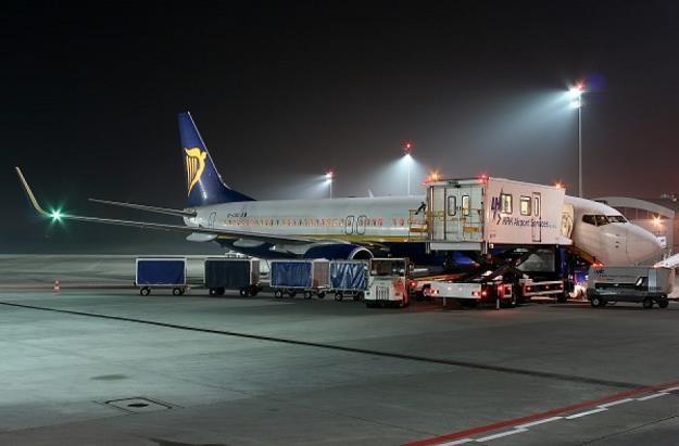 Ryanair rozbuduje bazę w Krakowie - dostawi trzeci samolot /Informacja prasowa