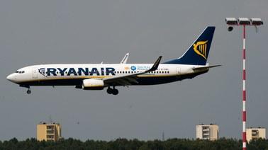 Ryanair znów chce oszczędzać. Każe swoim pilotom latać.. wolniej