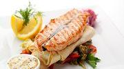 Ryba pieczona z cytryną na naleśniku
