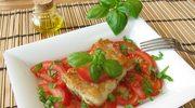 Ryba w sosie z pomidorów