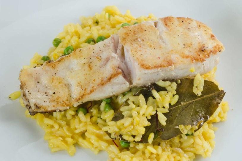 Ryba z ryżem /123RF/PICSEL