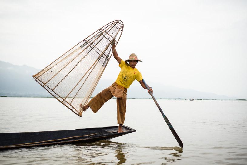 Rybak na jeziorze Inle Lake, Birma /Tomasz Bogusz /materiały prasowe