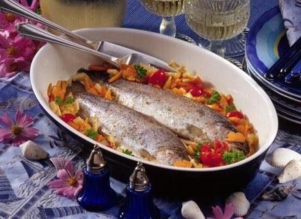 Ryby gotowane i pieczone sa zdrowsze niż smażone