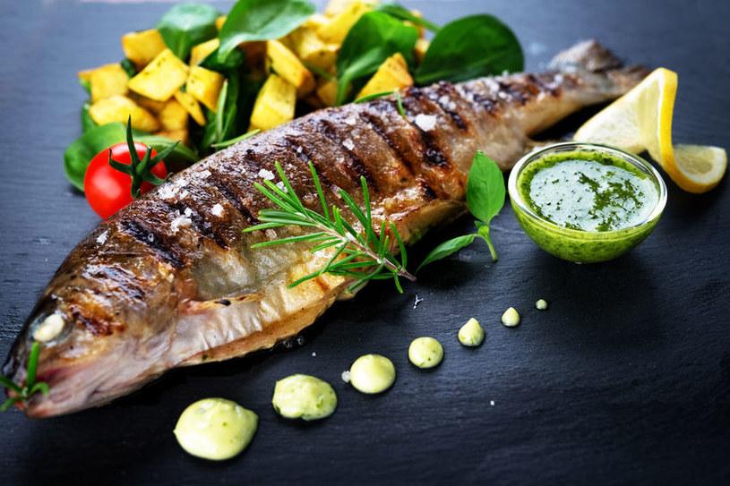 Ryby są bardzo zdrowe /©123RF/PICSEL