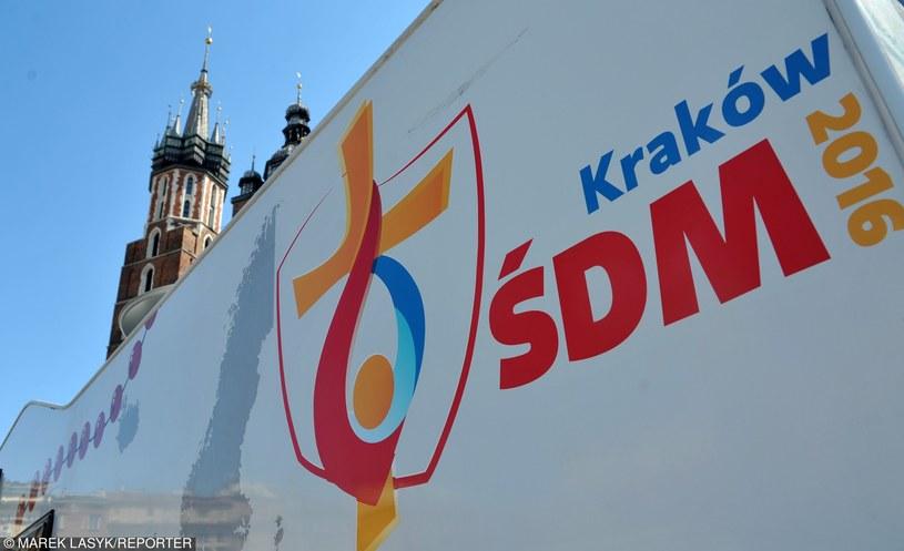 Rynek Główny w Krakowie. Nagranie spotu reklamujacego ŚDM 2016 /Marek Lasyk/REPORTER  /East News
