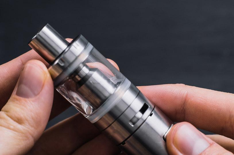 Rynek papierosów elektronicznych w krótkim czasie rozrósł się w Stanach Zjednoczonych do ogromnych rozmiarów /123RF/PICSEL