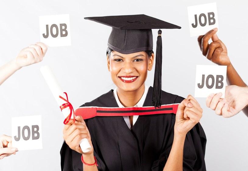 Rynek pracy potrzebuje dobrze wykształconych absolwentów /123RF/PICSEL