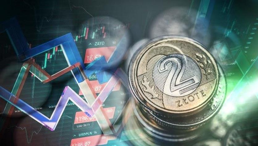 Rynek walutowy: Nieznaczne umocnienie złotego