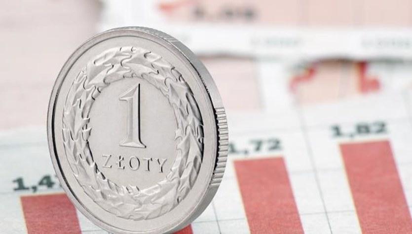 Rynek walutowy: Złoty boi się wyborów