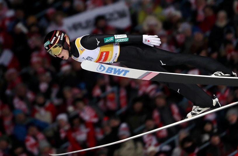 Ryoyu Kobayashi, lider Pucharu Świata, podczas skoku w indywidualnym konkursie PŚ w Zakopanem / Grzegorz Momot    /PAP