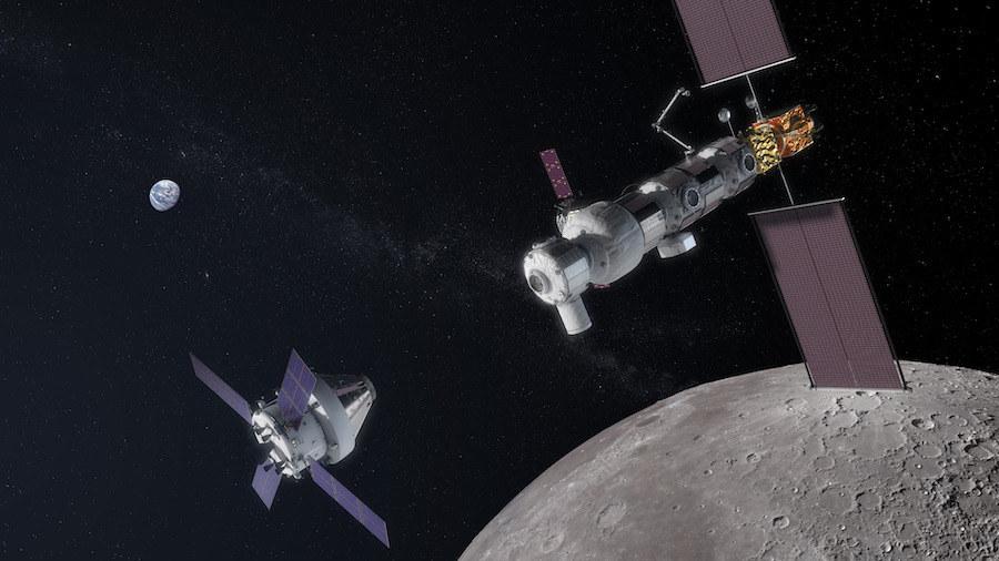 Rysunek pojazdu Orion zbliżającego się do stacji Gateway na orbicie Księżyca /Materiały prasowe