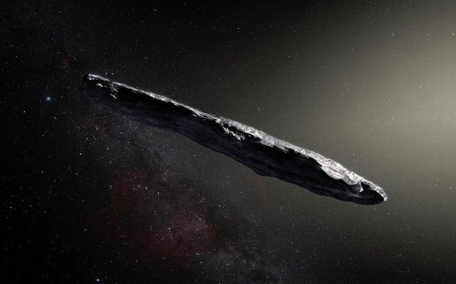 Rysunek przedstawiający, jak może wyglądać 1I/2017 U1 (`Oumuamua) /ESO/M. Kornmesser /Materiały prasowe
