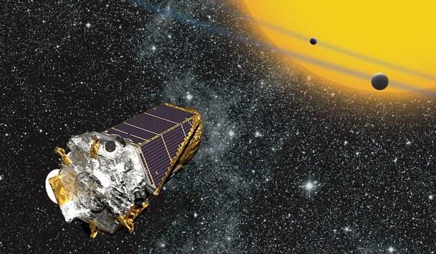 Rysunek sondy Keplera, która podczas swojej misji pozwoliła znaleźć większość znanych dziś planet pozasłonecznych /NASA Ames/ W Stenzel. /Materiały prasowe