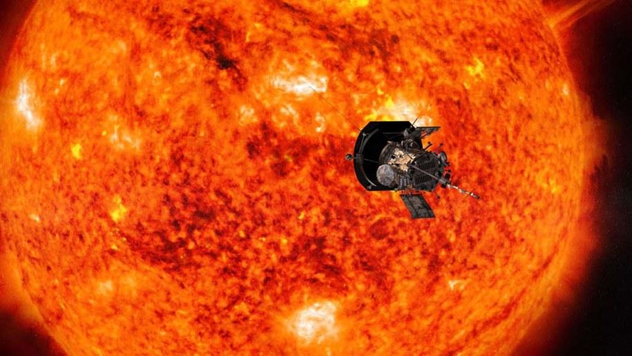 Rysunek sondy zbliżającej się do Słońca /Johns Hopkins University Applied Physics Laboratory /Materiały prasowe