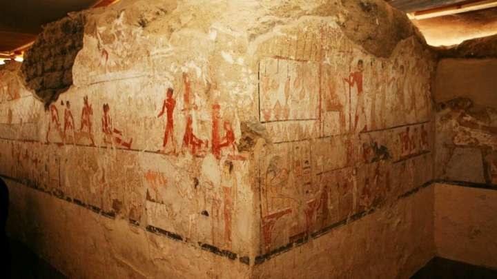 Rysunki na ścianach grobowca są w zaskakująco dobrym stanie /materiały prasowe