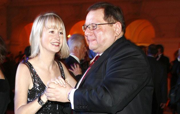 Ryszard Kalisz lubi tańczyć; na zdjęciu z żoną. Fot.Krzysztof Jarosz  /Agencja FORUM