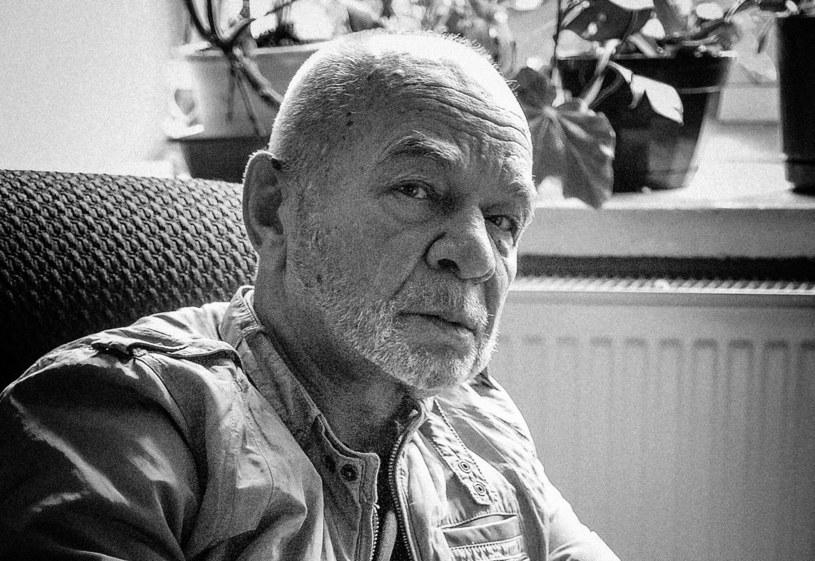 Ryszard Kotys spoczął na cmentarzu w miesjcowości Lusowo /Piotr Kamionka /Reporter
