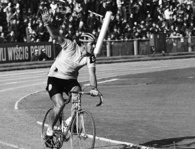 Ryszard Szurkowski na XXVIII Wyścigu Pokoju w 1975 roku / Zbigniew Matuszewski /PAP