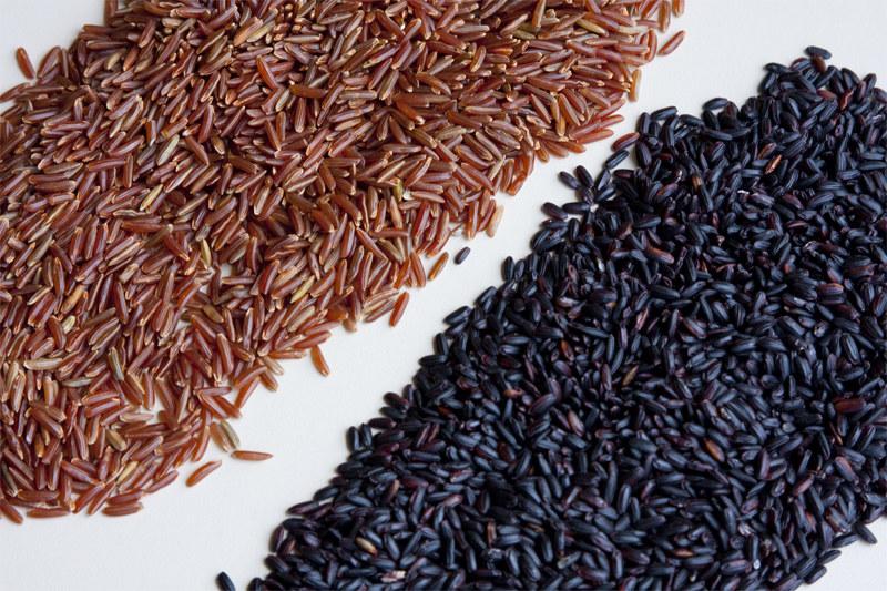 ryż czarny na jelita /© Photogenica
