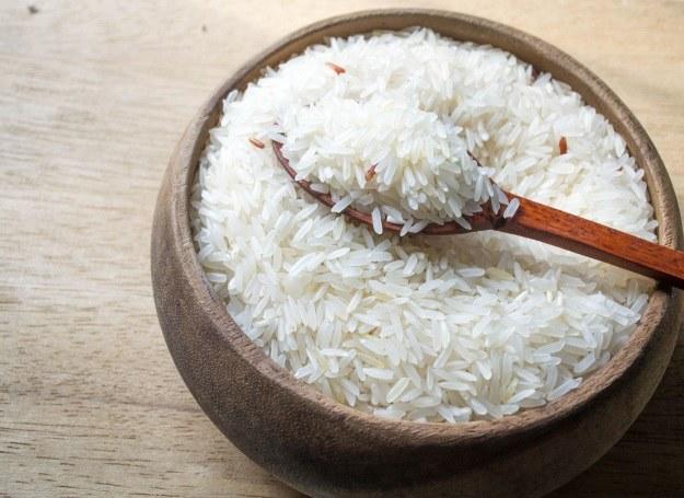 Ryż - jeden z najpopularniejszych dodatków do zup, mięs i warzyw /123RF/PICSEL