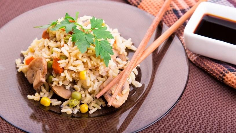 Ryż powinien być obecny w diecie /123RF/PICSEL