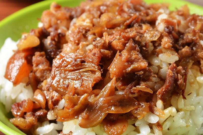 Ryż z mięsem i warzywami /123RF/PICSEL