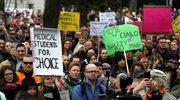 """""""Rz"""": Za zakazem aborcji stoi konserwatywna międzynarodówka"""