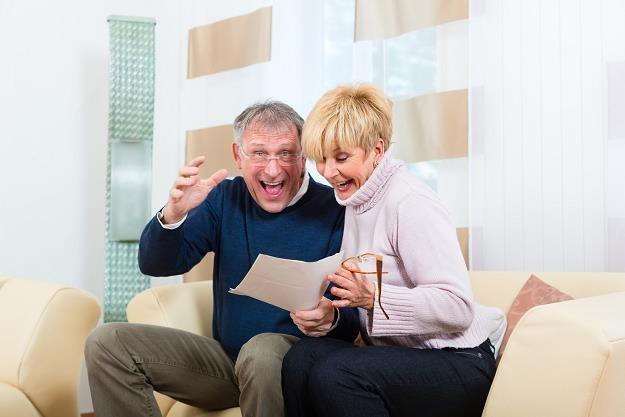 Rząd chce zachęcić Polaków do odkładania na emerytury /©123RF/PICSEL
