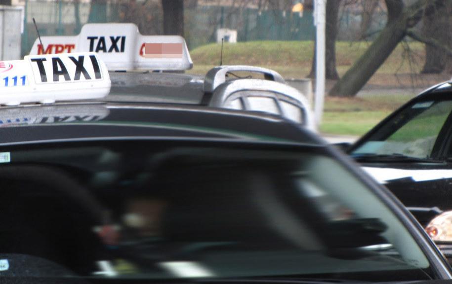 Rząd chce zmienić przepisy dotyczące zarobkowego przewozu pasażerów /Archiwum RMF FM