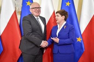 Rząd do ostatniej chwili negocjował z Brukselą
