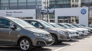 Rząd dopłaci 25 tys. zł do nowego auta. Gdzie jest haczyk?