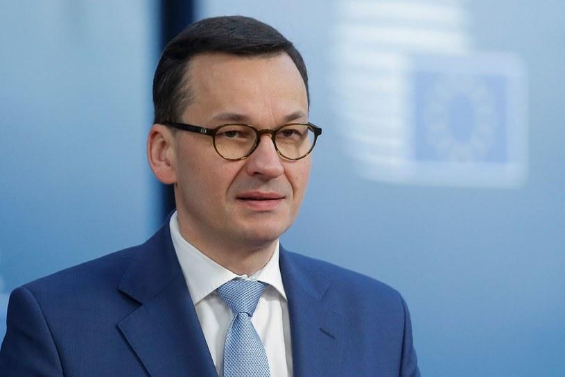 """Rząd Mateusza Morawieckiego szuka pieniędzy do spięcia budżetu - pisze """"Gazeta Wyborcza"""" /AFP"""