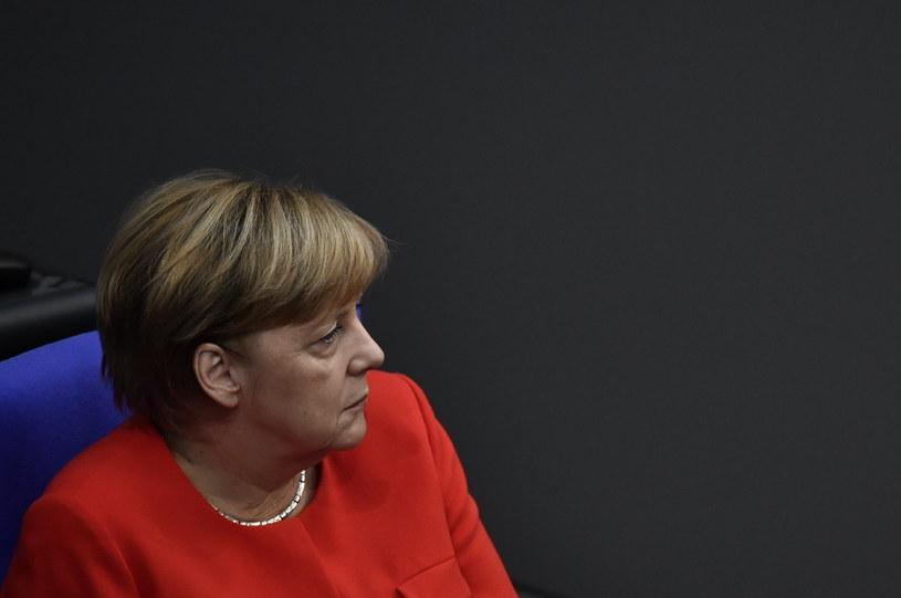 Rząd Merkel przyjął w środę definicję antysemityzmu zalecaną przez Międzynarodowy Sojusz na rzecz Pamięci o Holokauście /JOHN MACDOUGALL /AFP