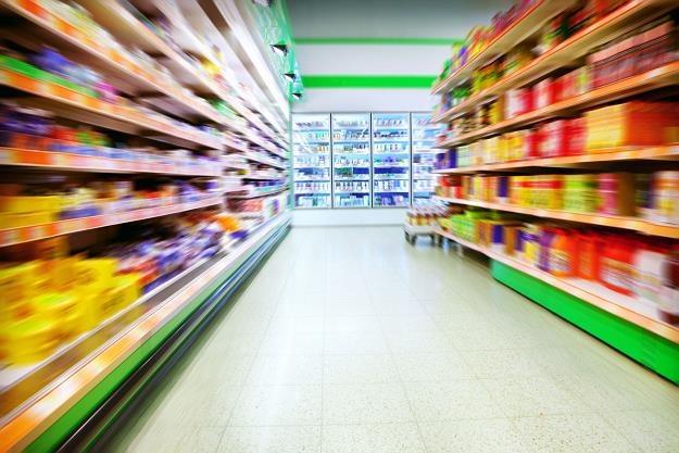Rząd PiS wprowadzi nowy podatek od sklepów wielkopowierzchniowych /©123RF/PICSEL