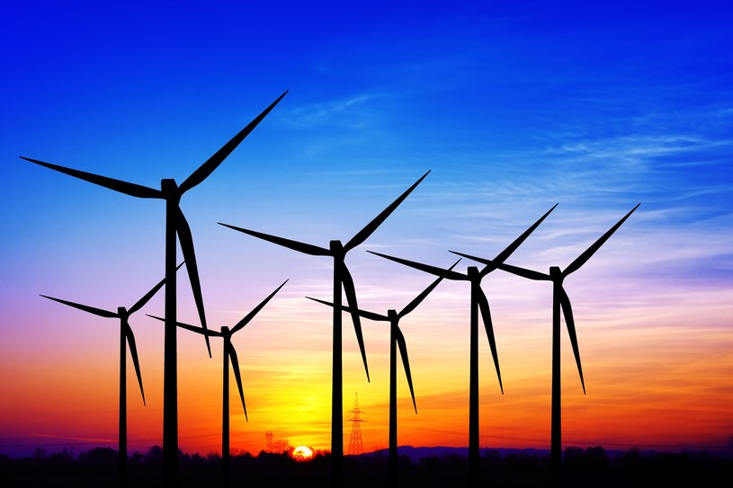 Rząd planuje poluzować ograniczenia w stawianiu nowych turbin /123RF/PICSEL