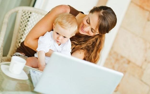 rząd, planuje wprowadzenie ulg dla osób wracających do pracy po urlopie wychowawczym /123RF/PICSEL