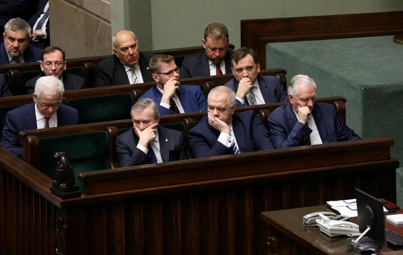 Rząd podczas expose /Piotr Molecki /East News